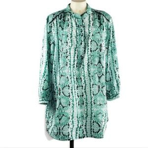 Violet & Claire blouse tunic snake print 3/4 sleev